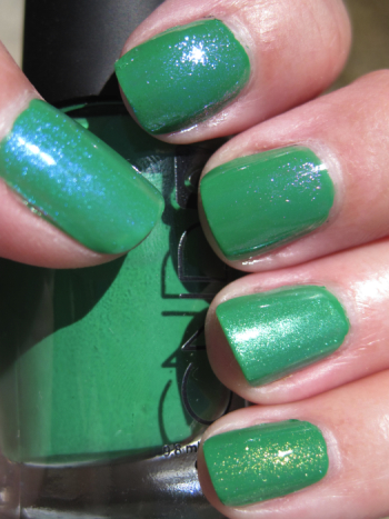 CND Green Scene with Effects