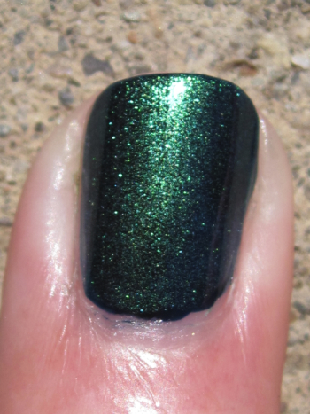 CND Inkwell with Emerald Shimmer