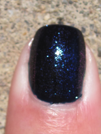 CND Inkwell with Sapphire Sparkle