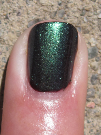 CND Raisin In The Sun Emerald Shimmer
