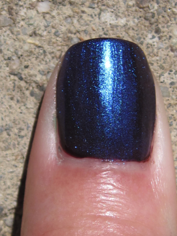 CND Rasin In The Sun Ice Blue Shimmer