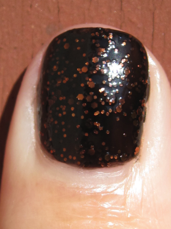China Glaze Fortune Teller Macro