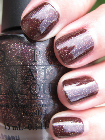 OPI Holiday Glow OPI Holiday Wishes for Winter 2009 Swatches and Review