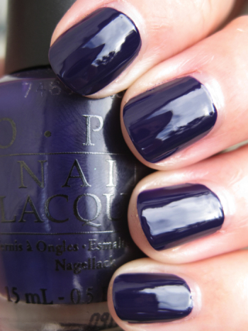 OPI Sapphire In The Snow OPI Holiday Wishes for Winter 2009 Swatches and Review