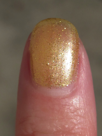 China Glaze Cowardly Lyin' Macro
