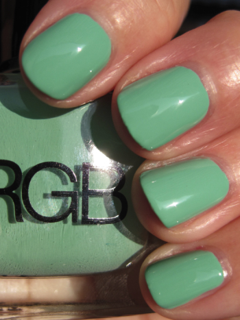 RGB Minty1 RGB Minty for Holiday 09 Swatches and Review