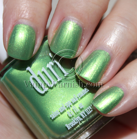Duri Oscar Party Green Nail Polish for St. Patricks Day!!!
