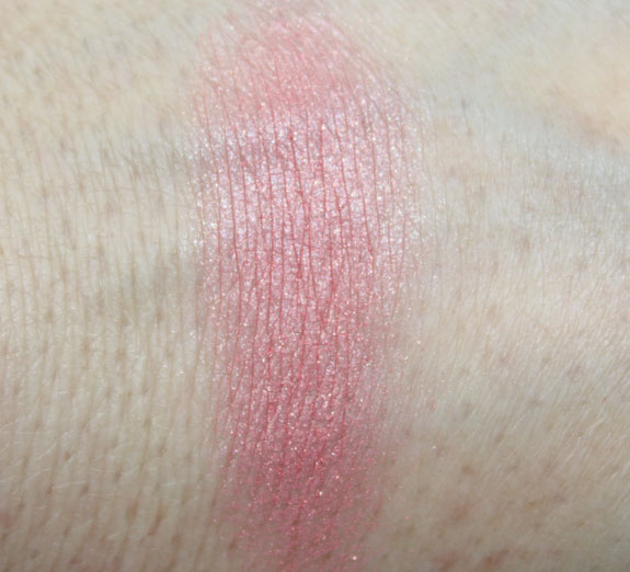Benefit Bella Bamba Swatch