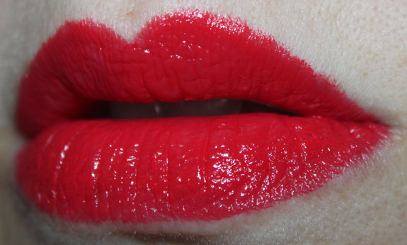 Revlon Fire  Ice Lip Swatch