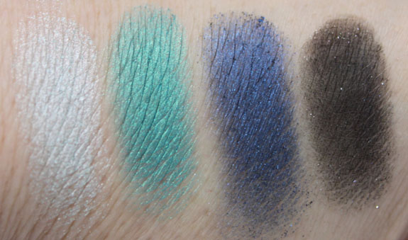 Wet n Wild Blue Had Me At Hello Palette Swatch3