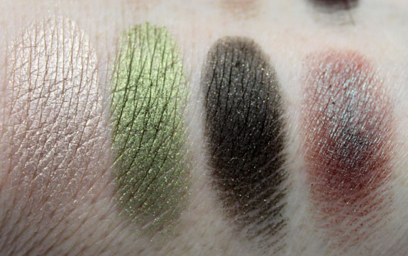 Wet n Wild Comfort Zone Palette Swatch3