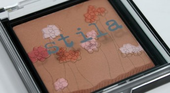 Stila-Garden-Bliss-3.jpg