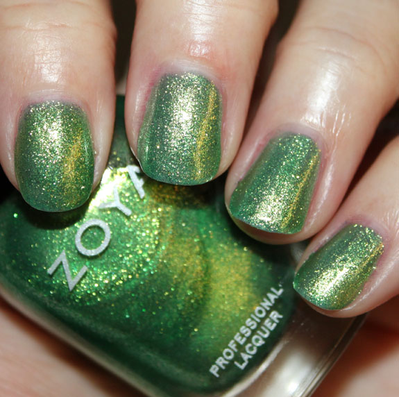 Zoya Apple