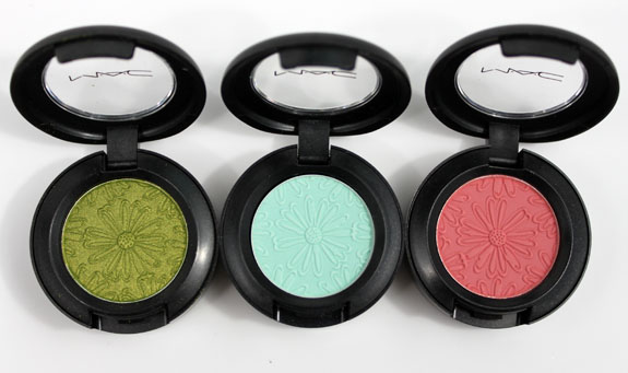MAC Fashion Flower Eye Shadow 3 MAC Fashion Flower Collection for Summer 2011 Swatches, Photos & Review