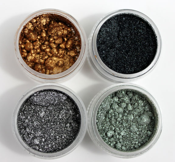 MAC Surf Baby Crshed Metallic Pigment Surf The Ocean 2