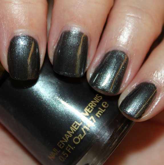 Revlon Black With Envy Nail Enamel Swatches, Photos & Review | Vampy ...