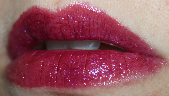 Milani Haute Flash Full Coverage Shimmer Lipgloss In A Flash