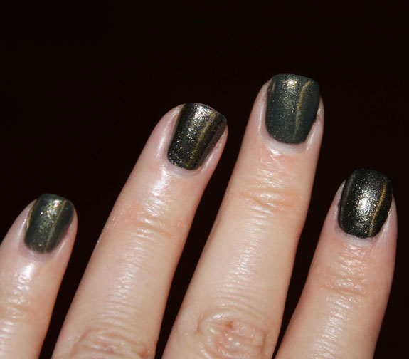 Zoya Edyta vs Diamond Cosmetics Never So Ever Green Swatch 2