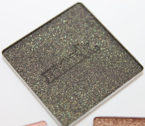 Mark i mark metallic eyeshadow Lava
