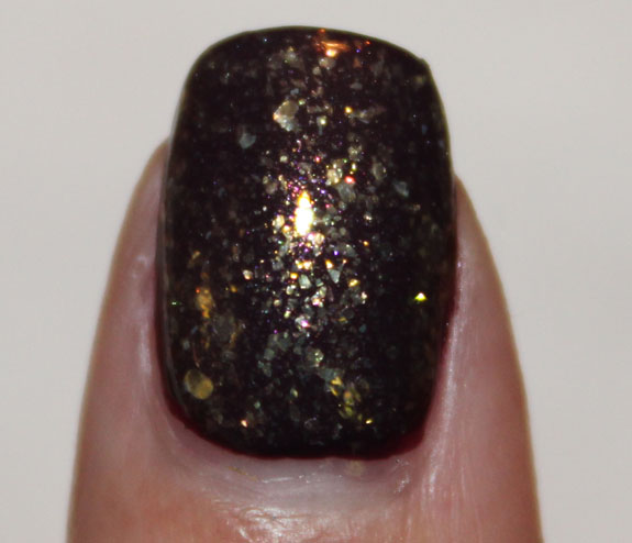 CND Dark Amythest and 24K sparkle 3