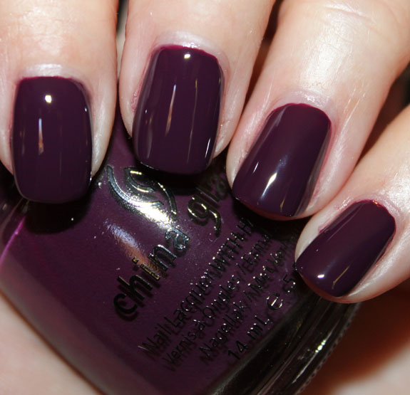 China Glaze Urban Night China Glaze Metro Collection for Fall 2011 Swatches, Photos & Review   Part II
