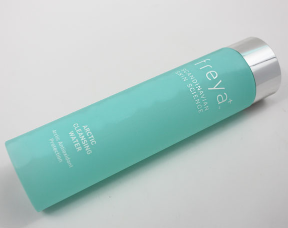 Freya Arctic Cleansing Water 4