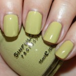 Sinful-Colors-Adventure-Island-Swatch.jpg
