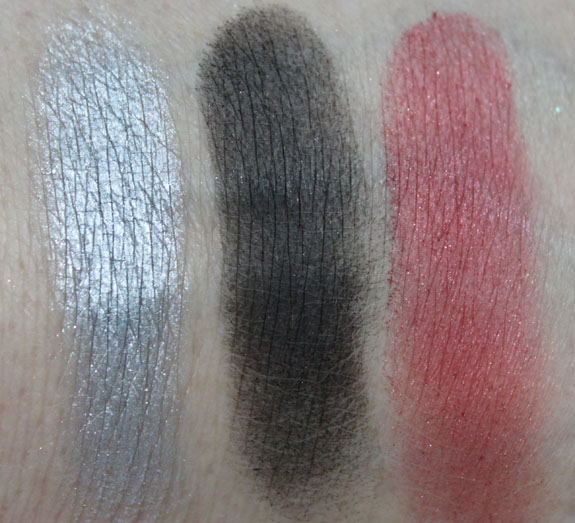 Wet n Wild Enter A New Realm Swatch