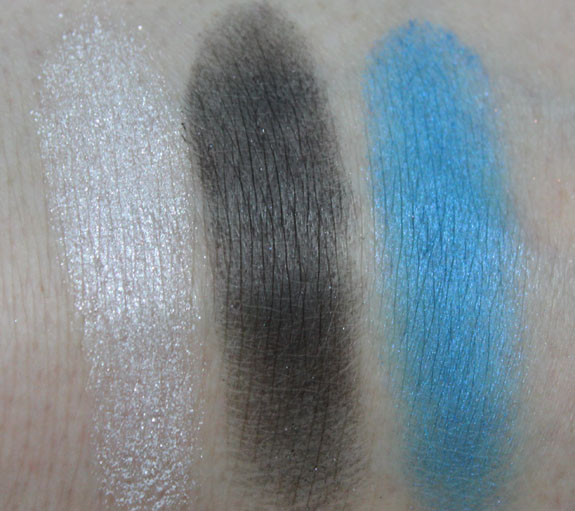 Wet n Wild Fly Me To The Moon Swatch