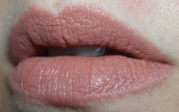 Wet n Wild Megalast Lipcolor Bare It All