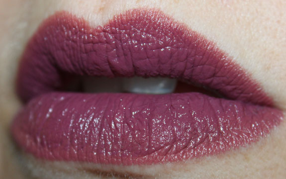 Wet n Wild Megalast Lipcolor Ravin Raisin