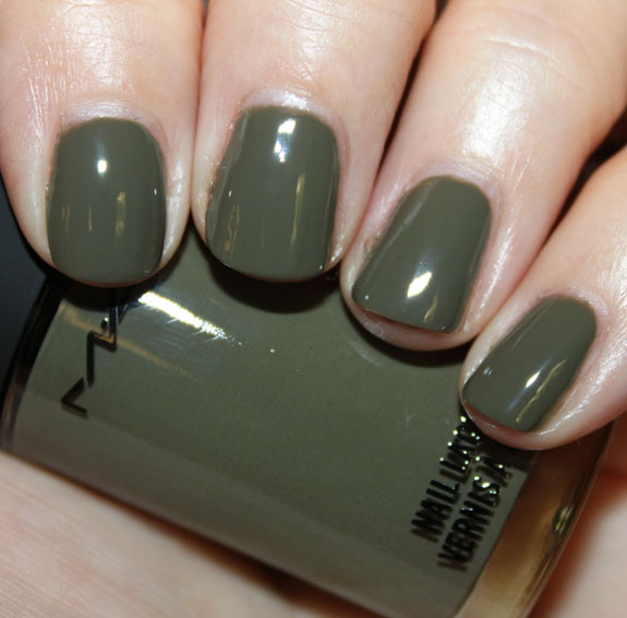 MAC Me Over for Fall 2011 Collection Nail Lacquer Swatches & Photos ...
