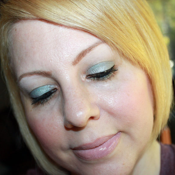 MAC Me Over Icelandic Cool Look