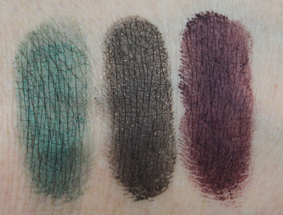 MAC Me Over New Black Fluidline Swatches