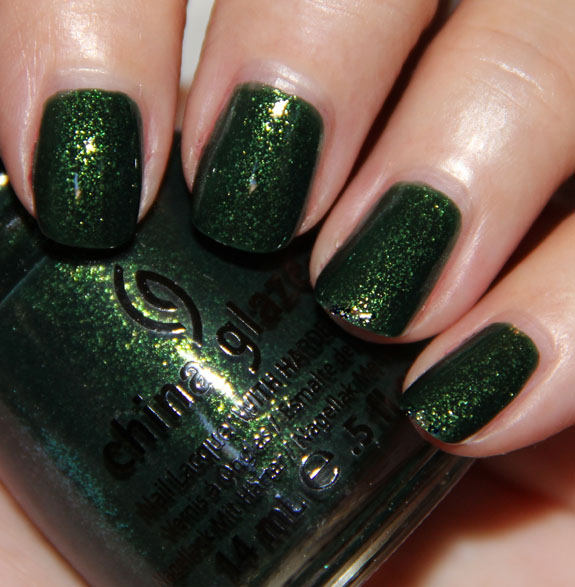 China Glaze Glittering Garland China Glaze Let It Snow for Holiday 2011 Swatches, Photos & Review
