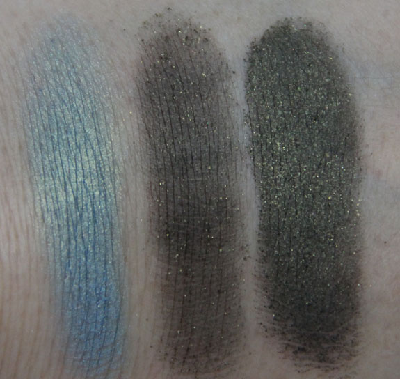 Quo Minerals Matters Eye Duo in Blue Lagoon Swatches