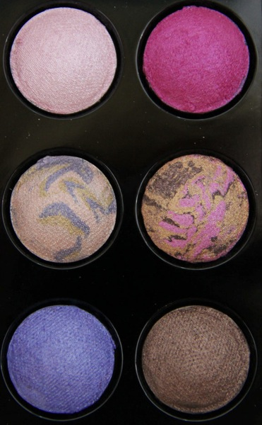 Wet n Wild Coloricon Baked Eyeshadow Baking a Cake 2