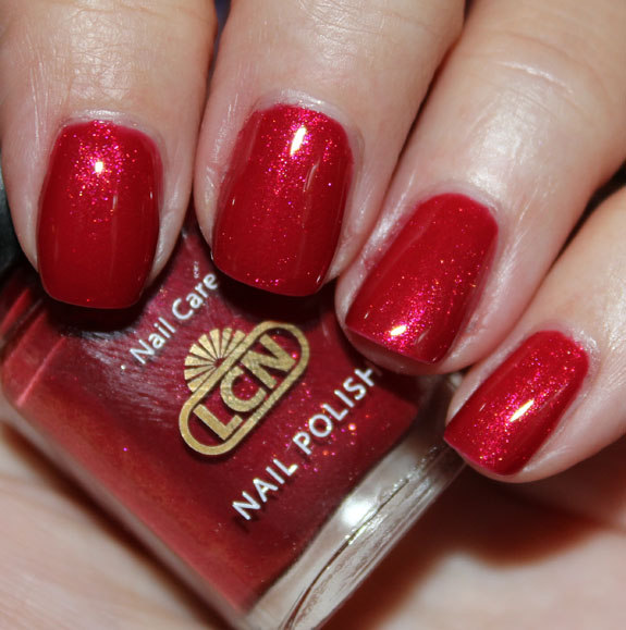 LCN Fall In Love LCN CrocoFever Nail Polish Special Effect Swatches & Review