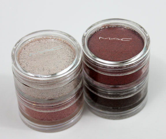 MAC Dazzlesphere Crushed Pigments Smoky Berry Ornament