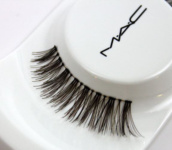 MAC Miss Piggy Lash 2