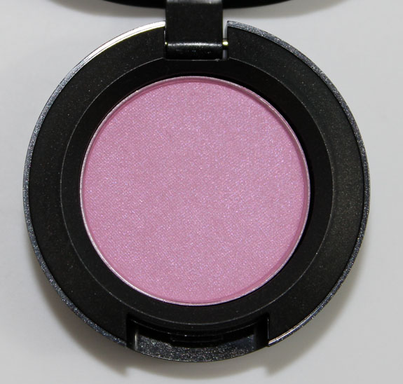 MAC Miss Piggy Pink Eyeshadow 3