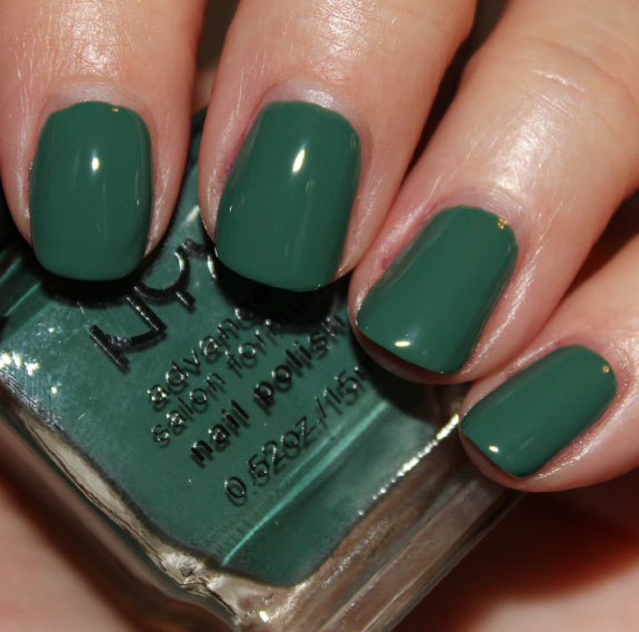 NYX Advanced Salon Formula Nail Polish in Lux Green and Gold ...