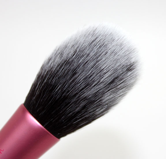 Real Techniques Blush Brush 4