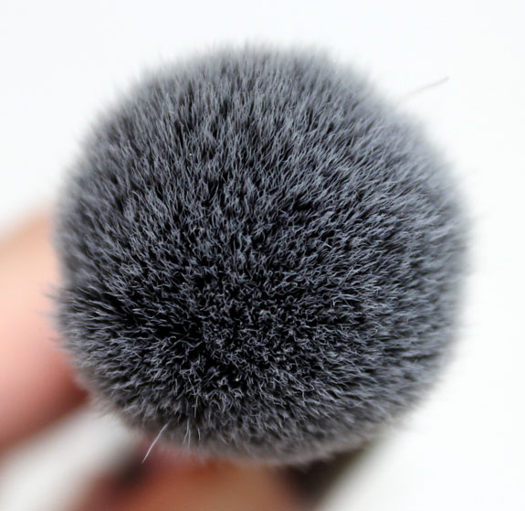 Real Techniques Blush Brush 5