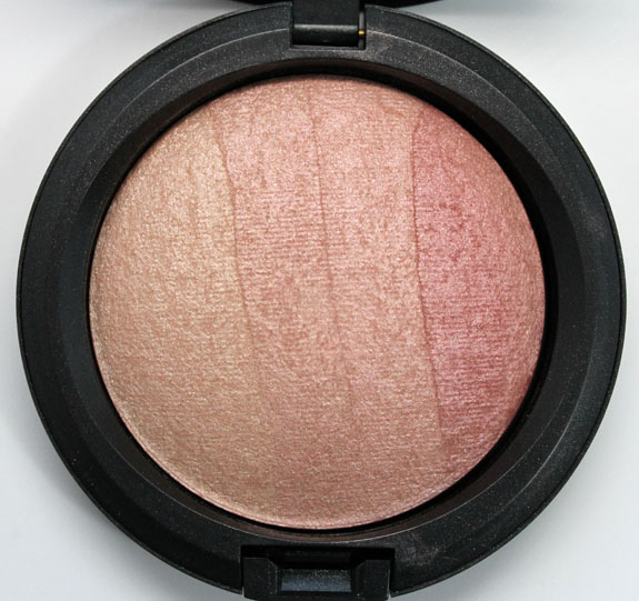 MAC Naturally Mineralize Skinfinish Redhead