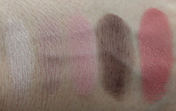 Stila Fashionable on 5th Avenue Swatches