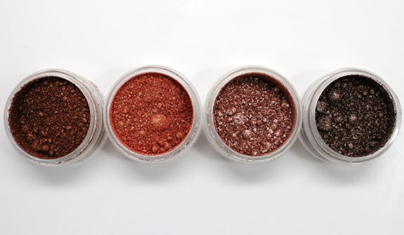 MAC Vera Crushed Metallic Pigments Aloha