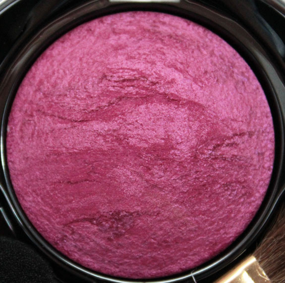 Milani Baked Eyeshadow Must Have Fuchsia