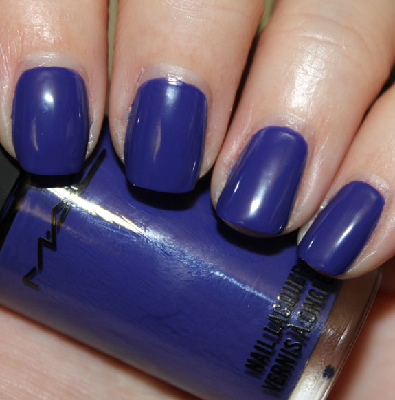 MAC Chenman Nail Lacquer Breezy Blue Swatch