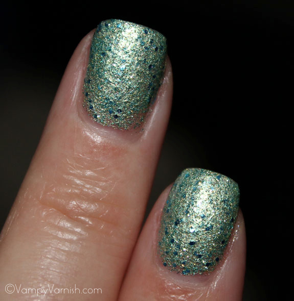 Deborah Lippmann Mermaid s Dream Swatch 2